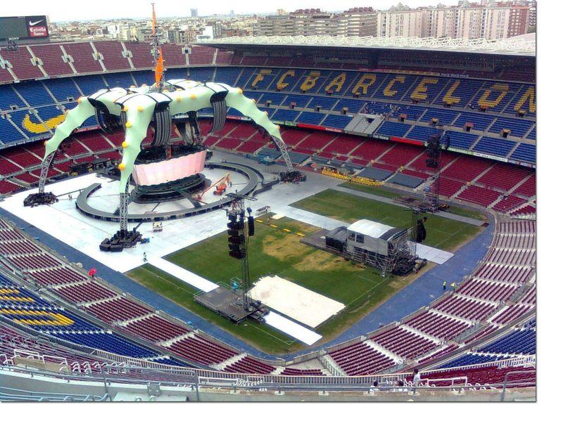 U2_360_STAGE_BARCELONA