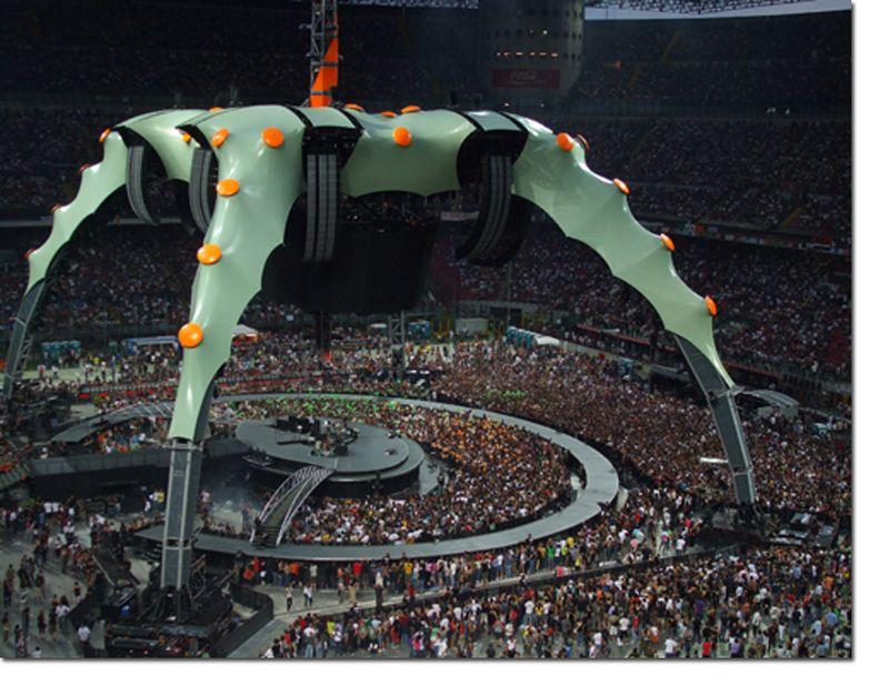U2_STAGE_MILAN